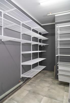 Проект просторного подсобного помещения